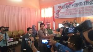 Ucapan selamat dari Ketua DPRD Balikpapan, Abdulloh.(andi)